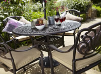hartman amalfi round garden furniture set