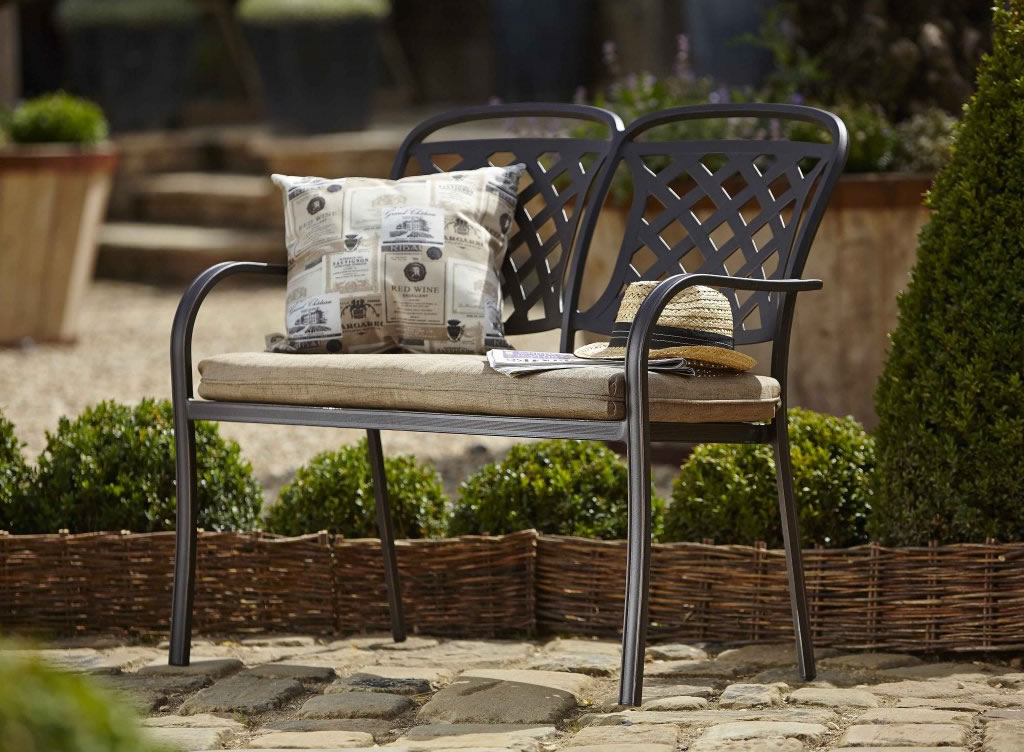 Hartman Berkeley Bench. Hartman Berkeley Garden Furniture   Garden Furniture World